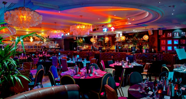 Sway-Restaurant-Cabaret-tables-200-pax